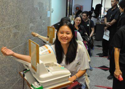 2017 thai red cross blood center in pathum wan-4