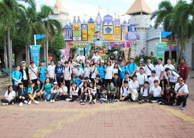 g9-10-fieldtrip-dreamworld-apr19-8