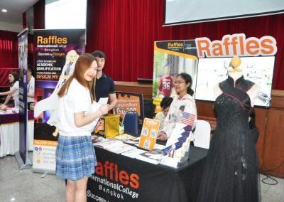 es-trip-university-fair-2019-14