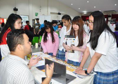 es-trip-university-fair-2019-20