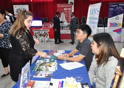 es-trip-university-fair-2019-22