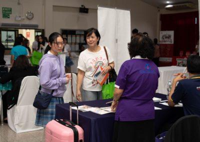 es-trip-university-fair-2019-44