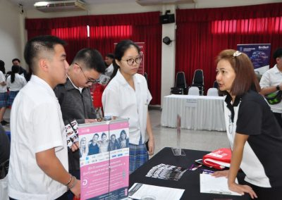 es-trip-university-fair-2019-6